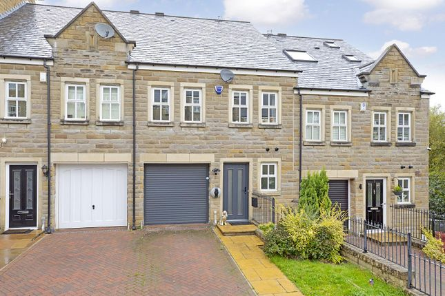 4 bed town house for sale in College Drive, Ilkley LS29