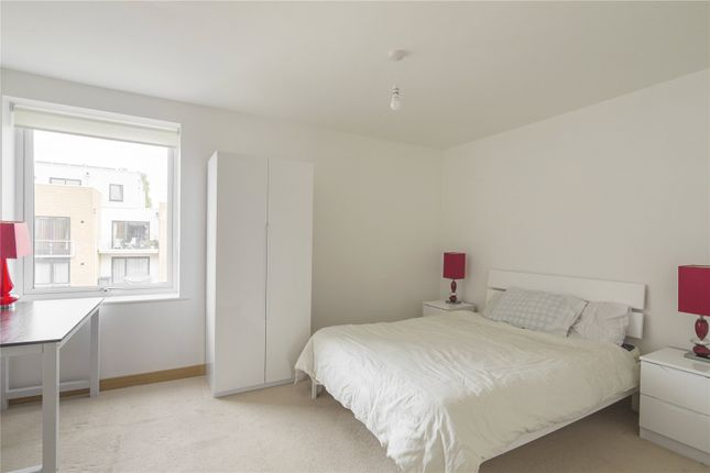 Bedroom 1 of Pym Court, Cromwell Road, Cambridge CB1