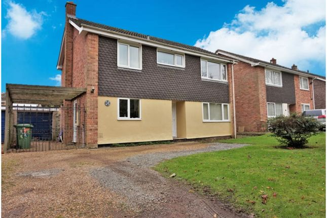 Thumbnail Detached house for sale in Bellrope Lane, Roydon