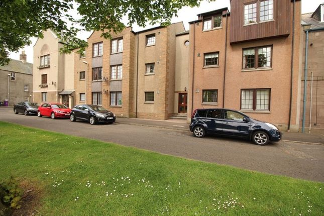 Thumbnail Flat to rent in Chapel Place, Montrose