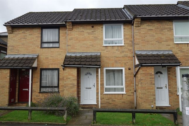 Thumbnail Terraced house to rent in The Close, Birchanger Road, Woodside, Croydon