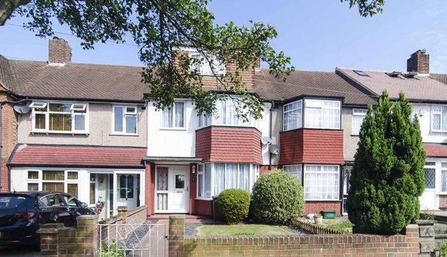Thumbnail Terraced house for sale in Carstairs Road, Catford