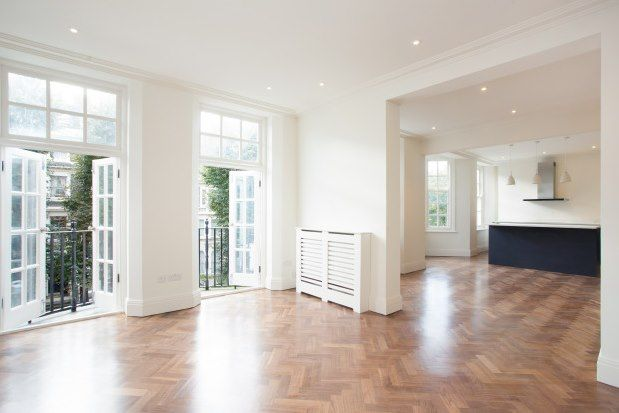 Flat to rent in Coleherne Court, Earls Court