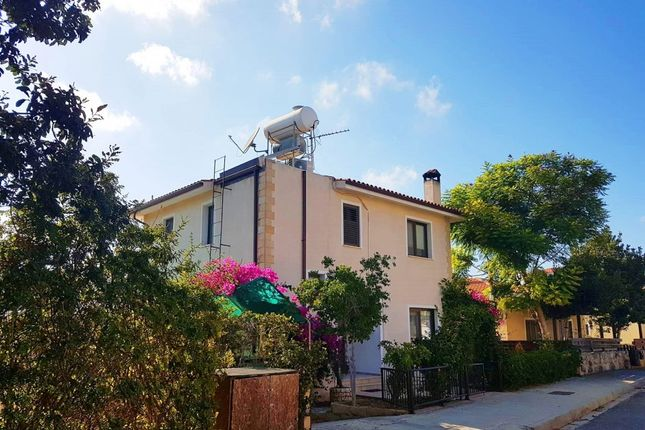 2 bed villa for sale in Emba, Paphos, Cyprus