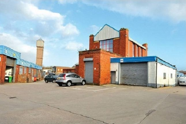 Industrial to let in Anderton Street, Wigan