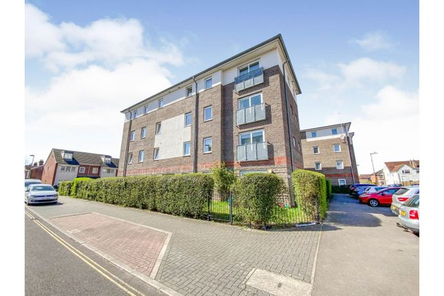 Thumbnail Flat for sale in 185 Cranbury Road, Eastleigh