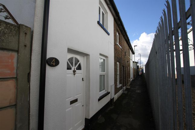 Thumbnail Terraced house for sale in Nursery Row, St Albans Road, Barnet