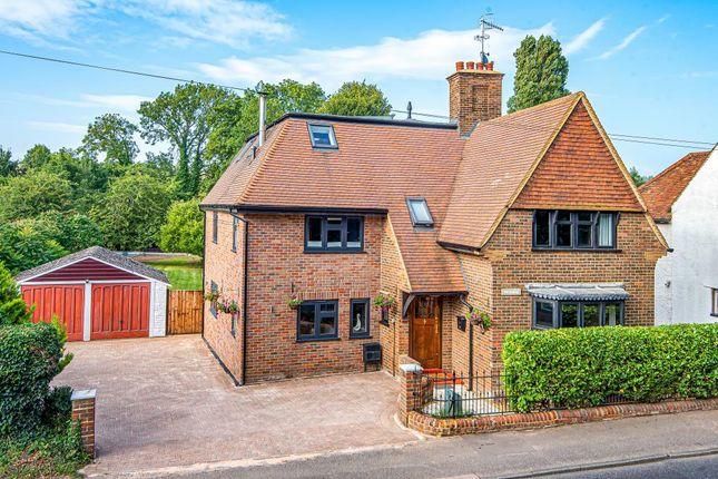 Thumbnail Detached house for sale in Bourne End, Hemel Hempstead