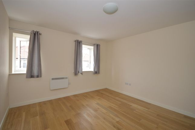 Bedroom 1 of Field House, 40 Schoolgate Drive, Morden, Surrey SM4