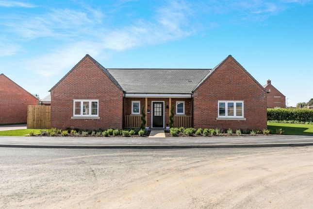 Thumbnail Detached bungalow for sale in Hayfield Meadow, Hallow, Worcester