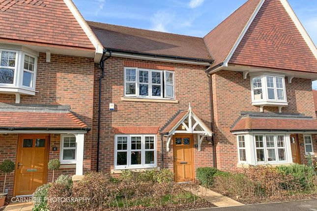 Thumbnail Property for sale in Akers Court, Welwyn
