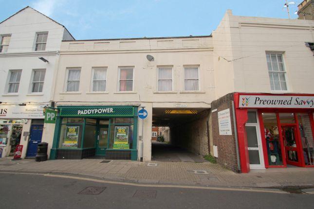 Thumbnail Flat to rent in Montague Street, Worthing, 3Hg
