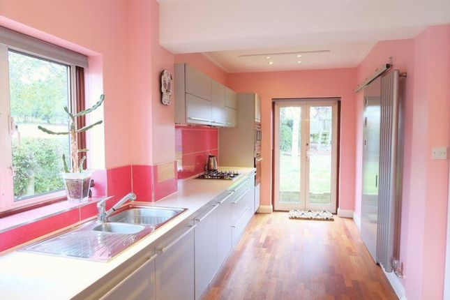 Thumbnail Semi-detached house to rent in Woodside Road, Bexleyheath