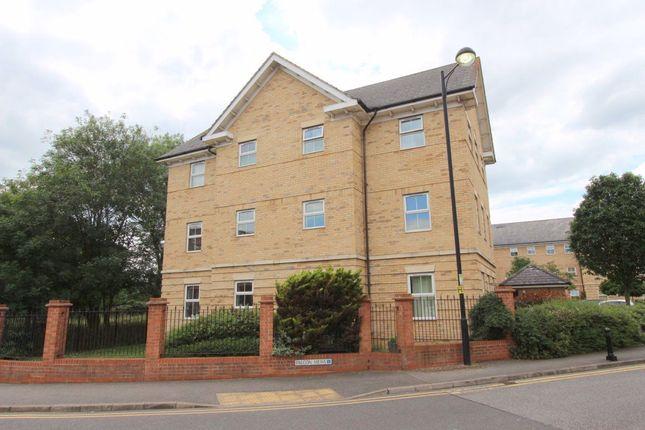 Thumbnail Flat to rent in Falcon Mews, Stanbridge Road, Leighton Buzzard