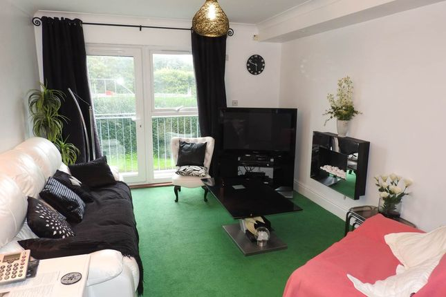 Thumbnail Property to rent in Willow Court, Clyne Common, Swansea