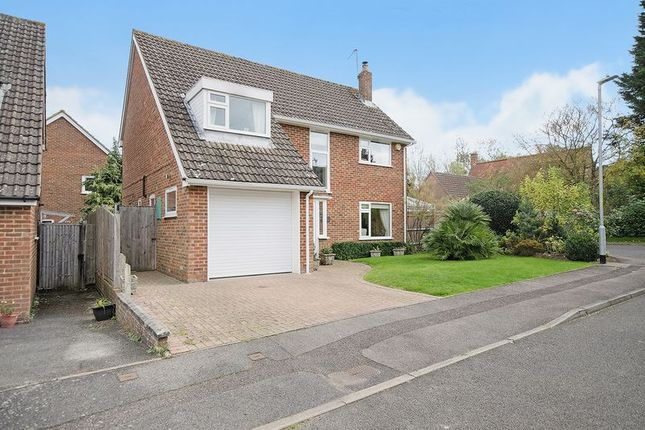 Thumbnail Detached house for sale in Waterlakes, Edenbridge