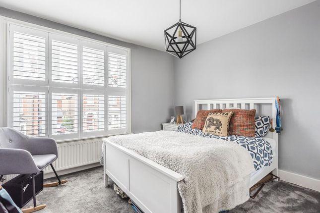 Bedroom of Eskdale Avenue, Chesham HP5