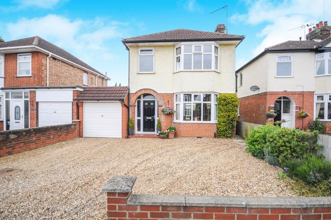 Thumbnail Detached house for sale in Sidegate Lane, Ipswich