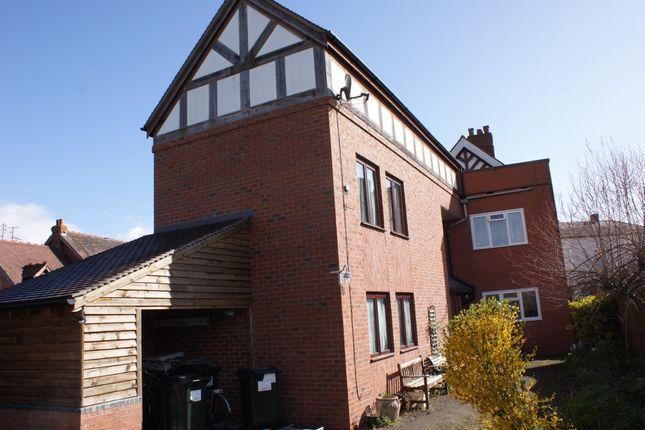Thumbnail Maisonette to rent in Market Square, Tenbury Wells