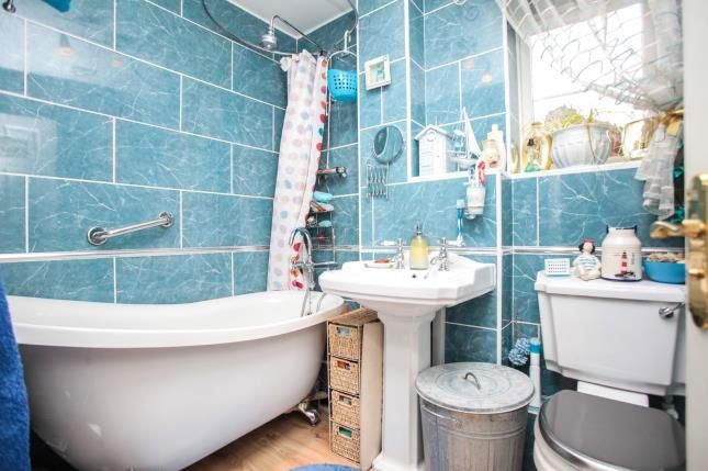Family Bathroom of Aspen Drive, Hawkesbury Village, Coventry, West Midlands CV6