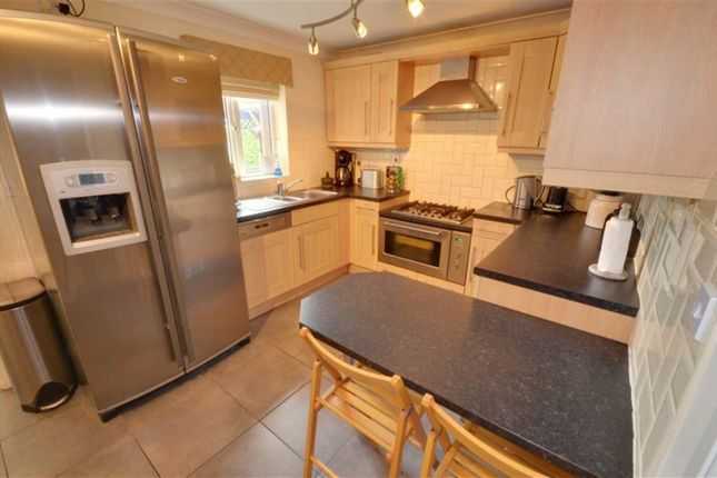 Thumbnail Detached house for sale in Little Orchard, Hook