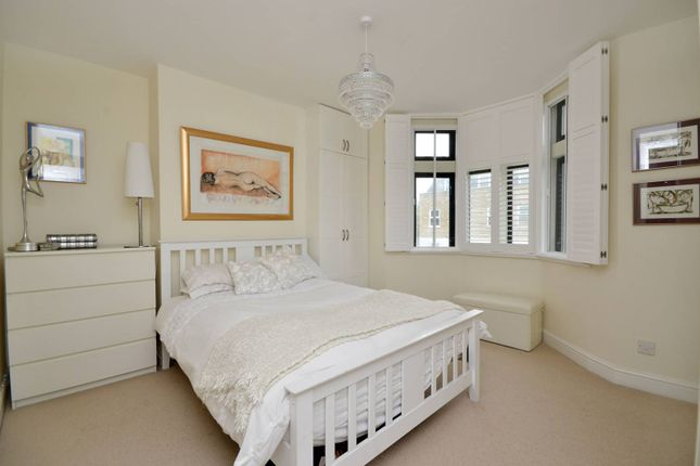 1 bed flat for sale in Bethnal Green Road, Bethnal Green, London E2