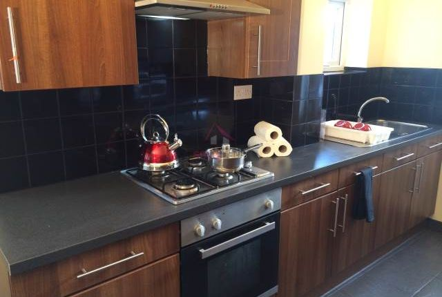 Thumbnail Property to rent in Weaste Lane, Salford, Manchester