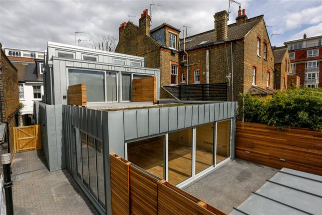Property for sale in Upper Richmond Road, London
