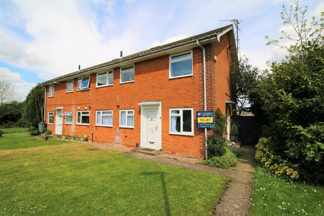 2 bed maisonette to rent in Chichester Place, Basingstoke