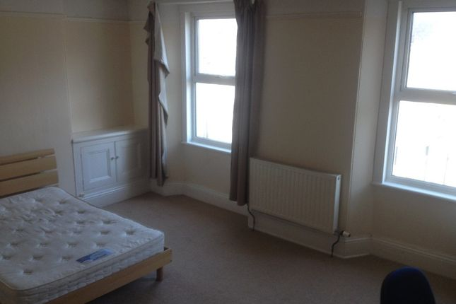 Thumbnail Terraced house to rent in Wake Street, Pennycomequick, Plymouth