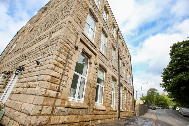 Thumbnail Flat for sale in 100 Charlestown Road, Glossop
