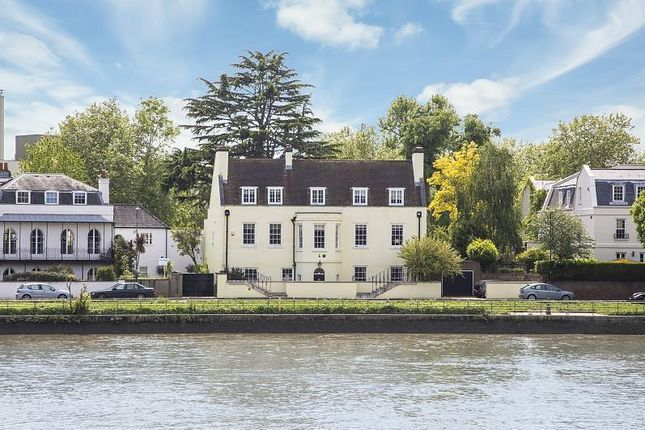 Thumbnail Property for sale in Thames Bank, Mortlake