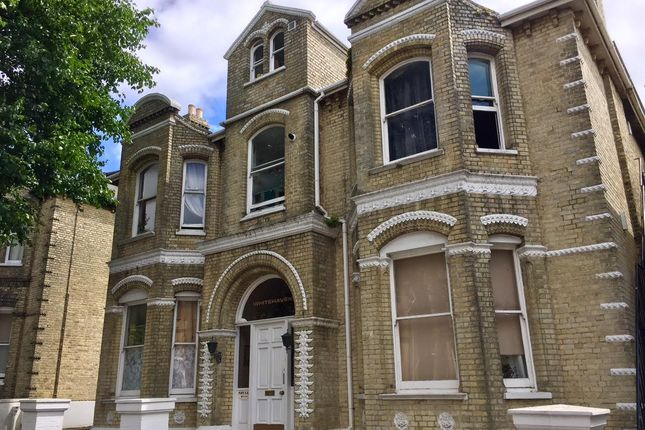 Thumbnail Flat to rent in Wilbury Road, Hove
