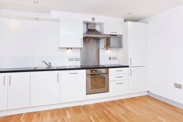 2 bed flat to rent in Spurriergate House, York YO1