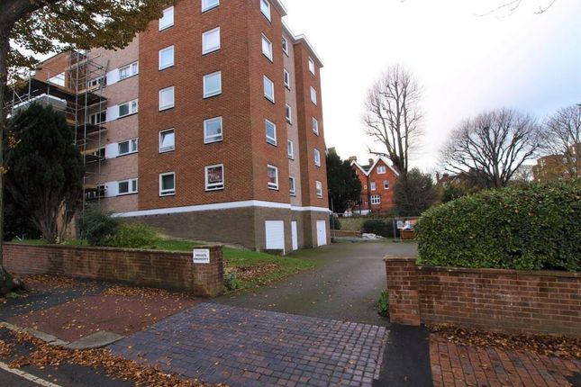 3 bed flat for sale in Silverdale Road, Eastbourne BN20