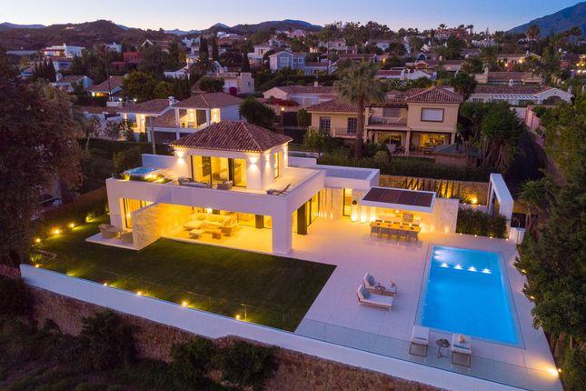 Villa for sale in Los Naranjos Golf, Costa Del Sol, Spain