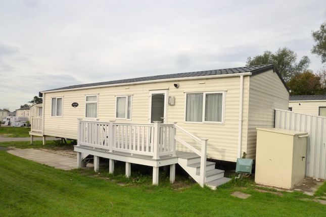 Thumbnail Property for sale in Vinnetrow Road, Runcton, Chichester