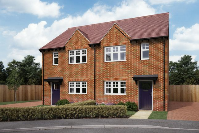 Maisonette for sale in Forest Road North, Waltham Chase, Hampshire