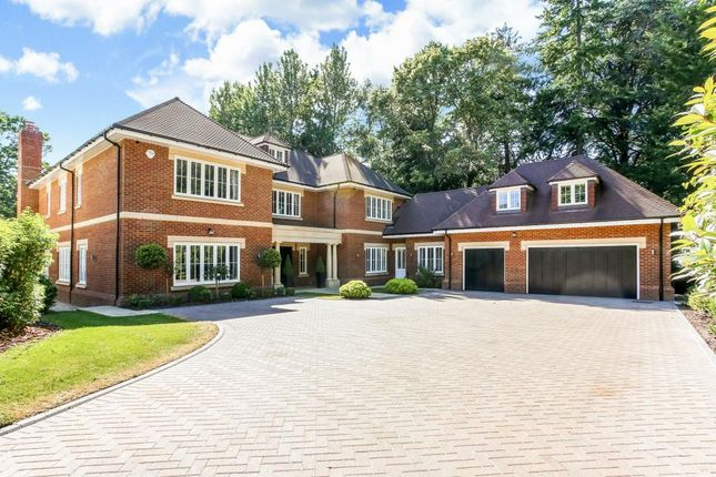 Thumbnail Detached house for sale in Devenish Lane, Ascot