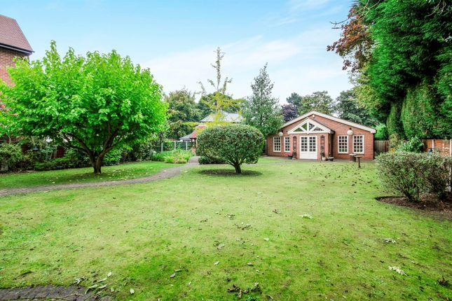 6 bed detached house for sale in bawtry road bessacarr