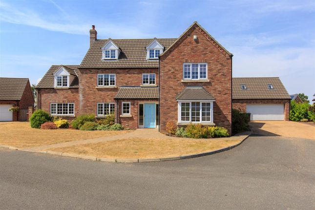 Thumbnail Property to rent in The Oaks, Wicklewood, Wymondham