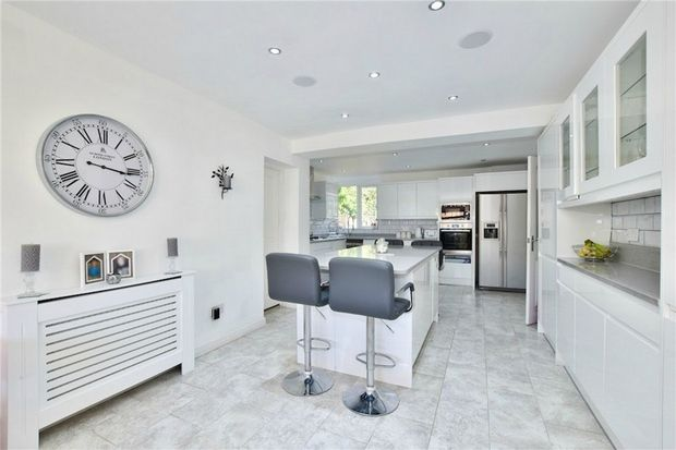 Thumbnail Detached house for sale in Pinewood Green, Iver Heath, Buckinghamshire