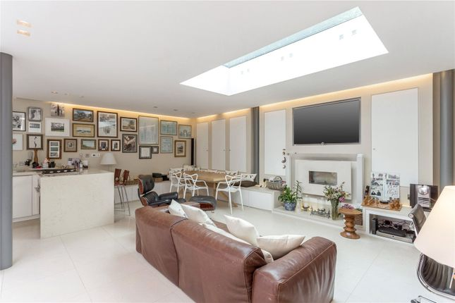 Picture 12 of Sibella Road, London SW4