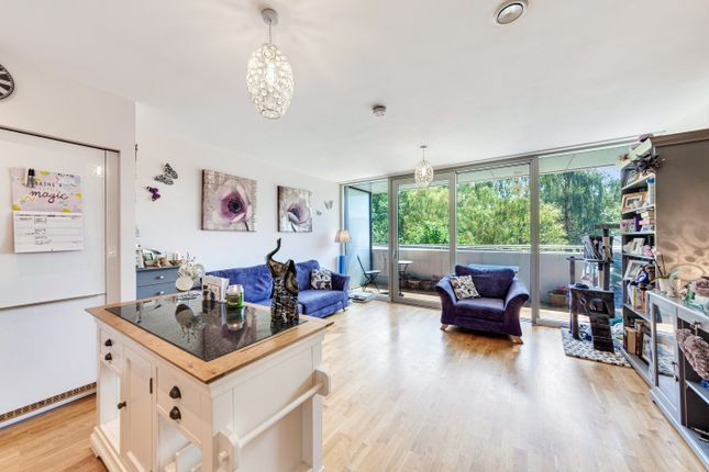 2 bed flat for sale in Colonial Drive, Bollo Lane, London W4