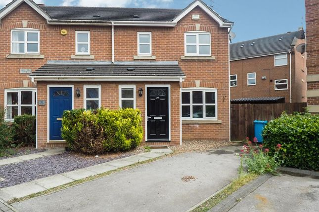 Thumbnail Semi-detached house for sale in Galleon Court, Victoria Dock, Hull