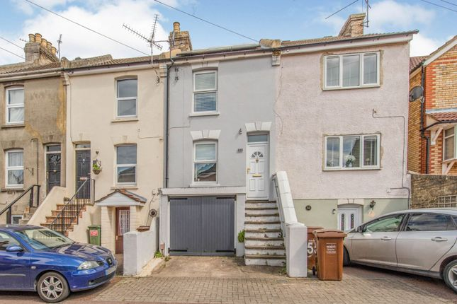 2 bed terraced house for sale in Queens Road, Chatham ME5