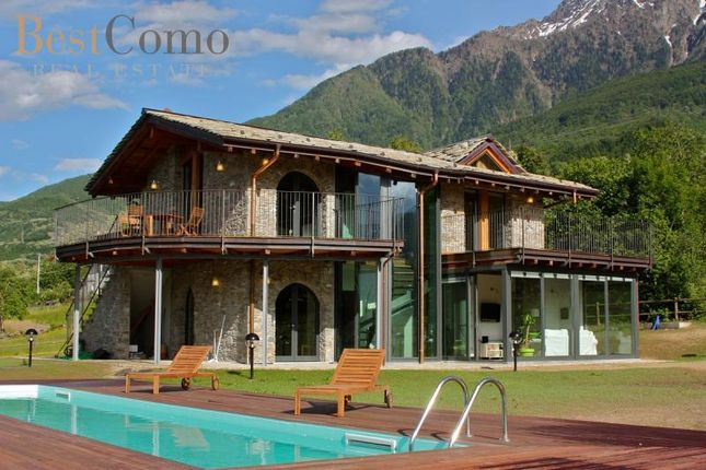 Properties for sale in colico lecco lombardy italy for Piani di fattoria con portico