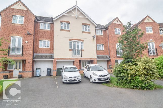 Thumbnail Town house to rent in Cookes Close, Neston, Cheshire