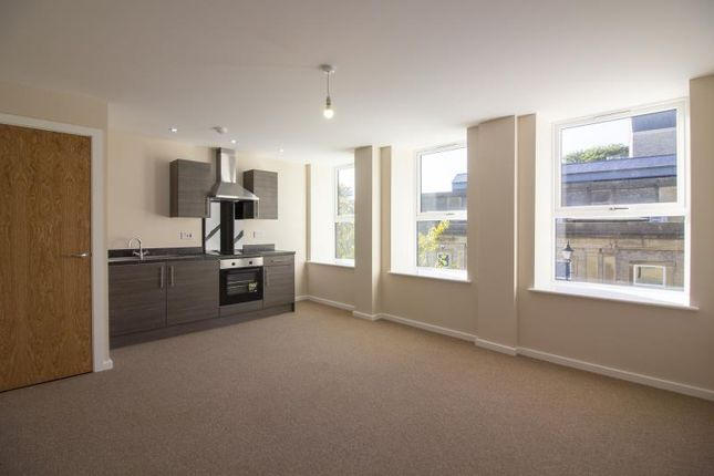 Thumbnail Flat to rent in Albert House, 1 Park Road, Halifax