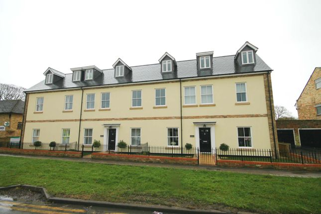Thumbnail Flat for sale in St Marys Court, Ely